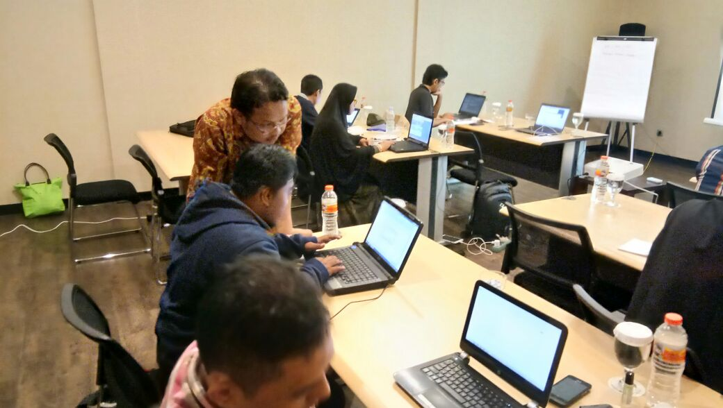 Workshop 2 Hari Internet Marketing di Hotel Tune Jogja