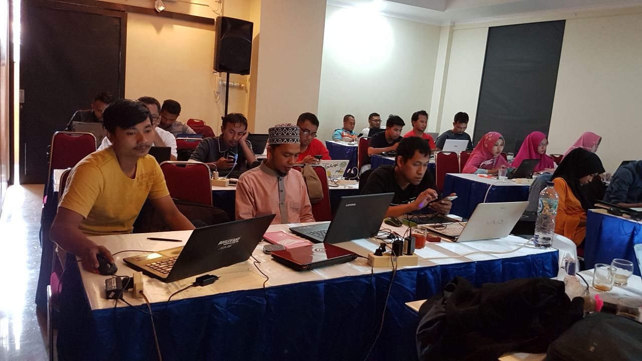 Workshop SEO Auto Blogspot, Upload dan MyMaps di Kudus