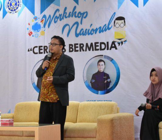 Belajar Media Cerdas di Universitas Ahmad Dahlan Oleh Didik SEO