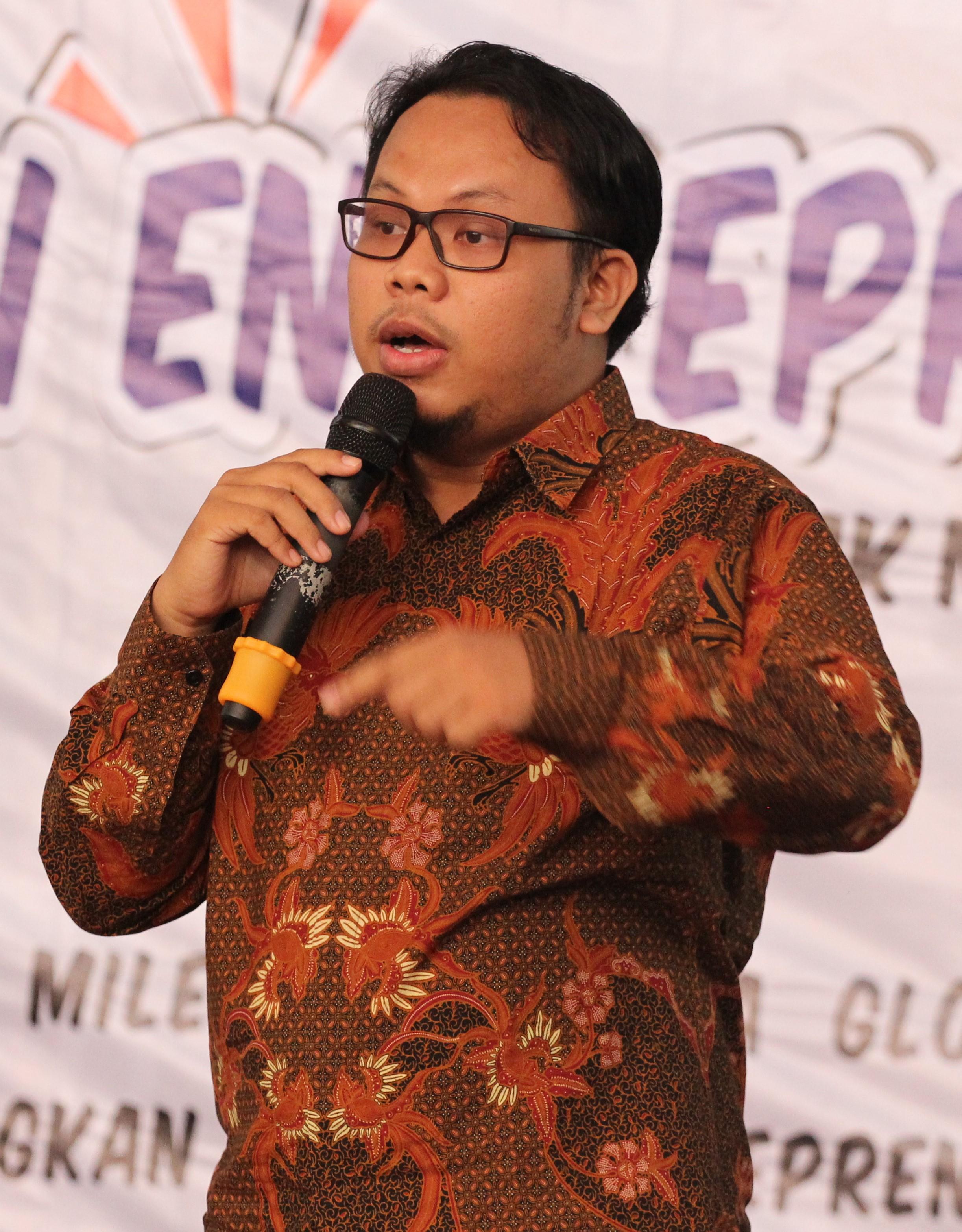 Trainer UKM Makassar