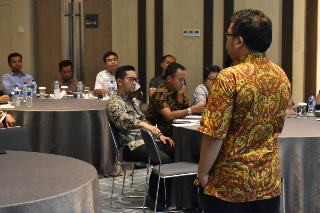 Seminar Internet Marketing Revolution di Bank Syariah Mandiri